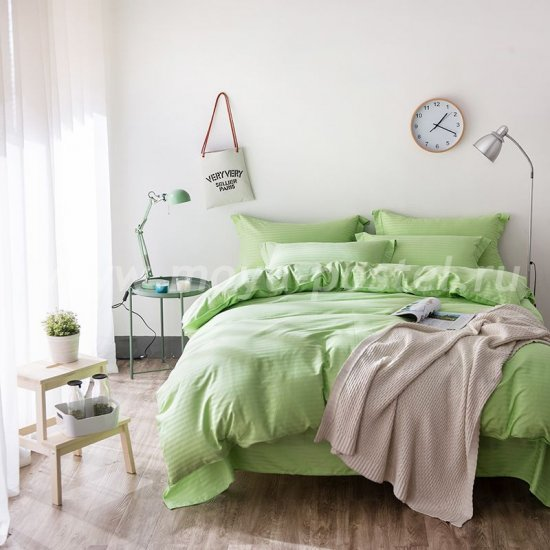 Двуспальное салатовое постельное белье с простыней на резинке CFR009, страйп-сатин (160*200*30) в интернет-магазине Моя постель
