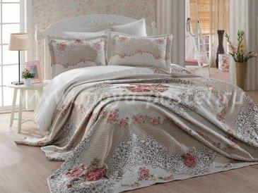 Бежевый евро комплект из покрывала и наволочек «FRIVOLITE» с красными цветами и кружевом - интернет-магазин Моя постель